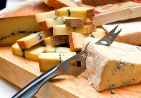 Umak od 4 vrste sira