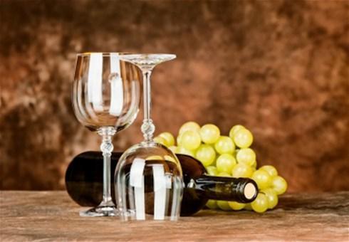 Kako servirati bijelo i crno vino